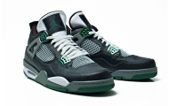 Air-Jordan-III-IV-Oregon-Ducks-Collection-02