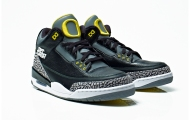 Air-Jordan-III-IV-Oregon-Ducks-Collection-06