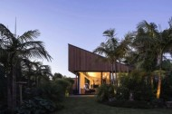S-House-by-Glamuzina-Paterson-Architects-02-630x419