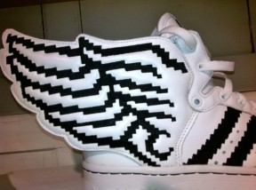 adidas-originals-by-jeremy-scott-js-wings-2-0-pixels-03-570x425