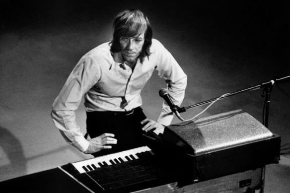 r-i-p-ray-manzarek-of-the-doors
