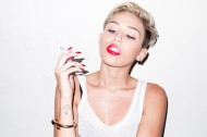 terry-richardson-miley-cyrus-photo-shoot-010-570x380