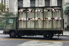 banksy-sirens-of-the-lambs-01-630x421